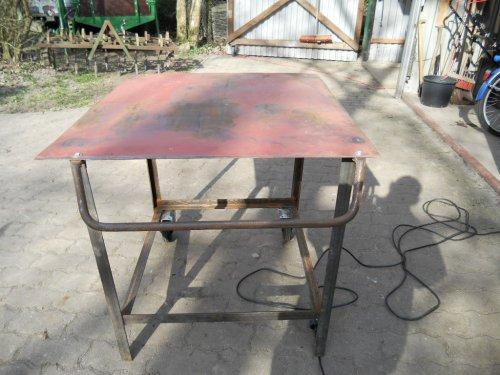 Tisch Roh3.m.jpg
