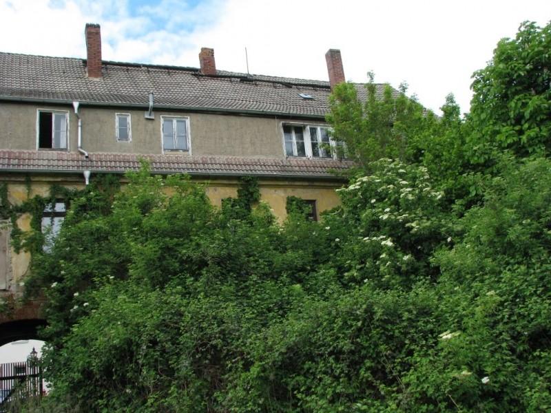 Haus-Hof.jpg